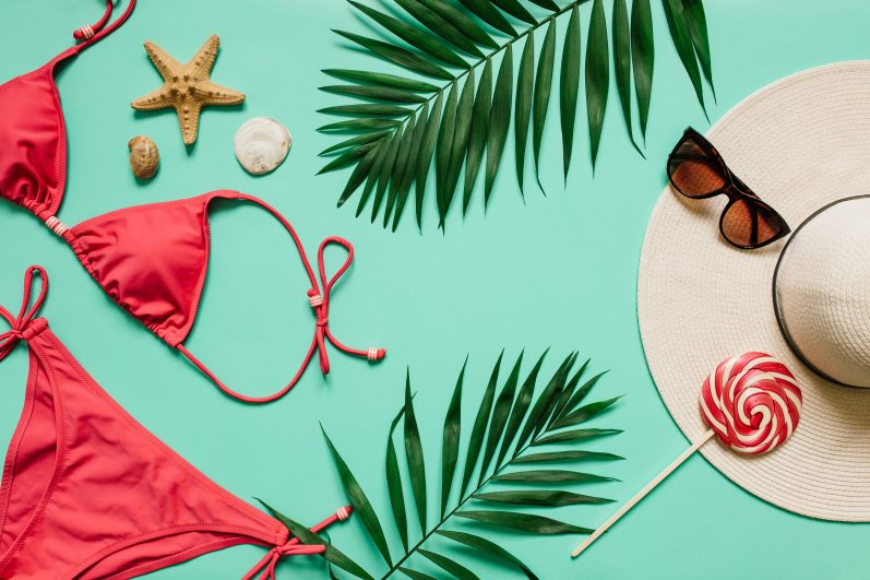 Top 10 items to pack for your vacation